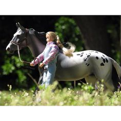 ~  And so I tell myself that I'll be strong And dreaming when they're gone  • This week is has been so sunny so far☀️ • • #breyer#breyers#breyerhorses#breyerphotography#schleich#schleichhorses#schleichphotography#safariLTD#modelhorses