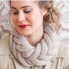 Pattern  http://www.ravelry.com/patterns/library/entwined-cowl Scarf Hat, Braid Scarf, Crochet Scarves, Knit Crochet, Crochet Crafts, Bonnet, Wool Yarn, Knitting Designs, Knitting Stitches