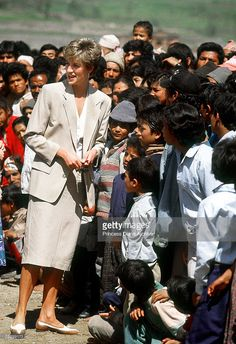 Princess Diana (1961 - 1997) during a visit to a Red Cross project in the village of Panauti, Nepal, March 1, 1993.