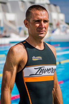 PLATINUM: The new trisuit #triathlon by Victor del Corral www.triathlonfans.com