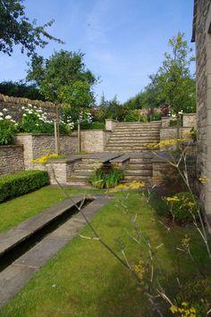 Technically challenging water garden design - Nicholsons, Oxfordshire