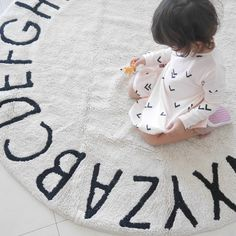 Round ABC Rug – Project Nursery
