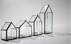 Candle holder made of stained glass (스테인드글라스로 만든 캔들홀더입니다.)