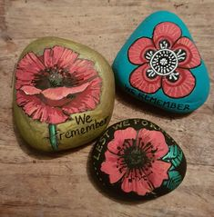 American Legion Auxiliary, Remembrance Day Poppy, Rock Flowers, Poster Maker, Stone Crafts, Pebble Art, Stone Art, Rock Painting, Garden Projects