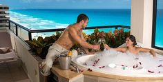 Honeymoon Suite at the Crown Paradise Club in Cancun, All Inclusive Honeymoon