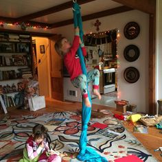"""Operation """"Living room silk climbing rope with knots"""" is a success! #familymoves #furniturefree"""