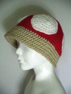 Gorro feito em crochet Cogumelo (Super Mário) - 100% acrílico, tamanho adulto M, também é possível alterar tamanho/cor a pedido por encomenda.