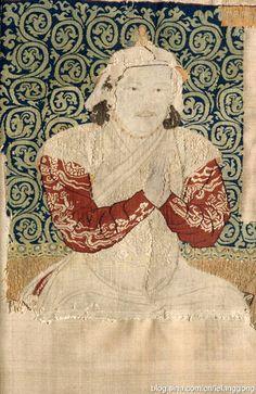Kubilay Kağanlığı Döneminde dokunmuş Textil Parçaları.