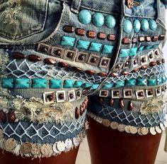 Jeans bordado                                                                                                                                                                                 Mais