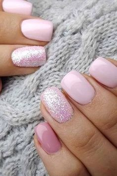 Stylish Nails, Trendy Nails, Cute Acrylic Nails, Glitter Nails, Metallic Nails, Ongles Or Rose, Nagellack Design, Short Nails Art, Manicure For Short Nails
