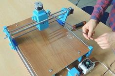 Picture of Assemble Electronic Materials Diy Bandsaw, Cnc Maschine, Mechanical Design, France, Cnc Router, Dremel, Woodworking Tools, 3d Printer, Projects To Try
