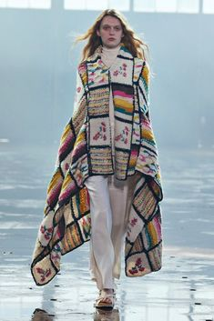 Fall 2021 Fashion Trend: Patchwork [PHOTOS] – WWD New York Fashion, Fashion News, Fashion Show, Girl Fashion, Fashion Trends, Vogue Fashion, Philip Lim, Long Puffer Coat, Gabriela Hearst