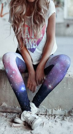 A cute, effortless way to #style galaxy leggings  For more women's fashion follow @ashmckni
