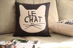 Le Chat Vintage Linen Pillow Cover | Modern Cat