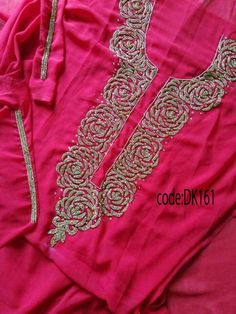 Embroidery Suits Punjabi, Hand Embroidery Dress, Embroidery On Kurtis, Kurti Embroidery Design, Embroidery Neck Designs, Embroidery On Clothes, Embroidery Fashion, Salwar Designs, Blouse Designs