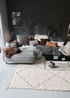 7 Modern and comfortable living rooms that will make your fall simply amazing - . , , 7 Modern and comfortable living rooms that will make your fall simply amazing - Daily Dream Decor. Living Room Decor Grey Couch, Boho Living Room, Living Room Interior, Home And Living, Small Living, Modern Living, Cozy Living, Grey Living Rooms, Grey Room Decor