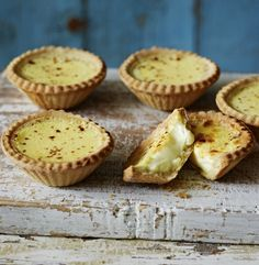 Egg Custard Tarts Recipe by Paul Hollywood. The slightly nutty short-crust pastry makes the perfect crumbly case for a rich egg custard topped with nutmeg. Tart Recipes, Baking Recipes, Dessert Recipes, Dessert Tarts, British Baking Show Recipes, Fruit Tarts, Mary Berry, Egg Custard Tart Recipe, Egg Custard Recipes