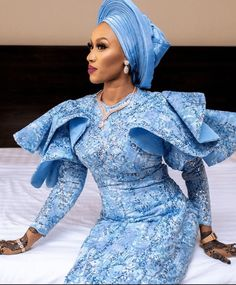 Aso Ebi Lace Styles, African Lace Styles, Lace Dress Styles, Latest African Fashion Dresses, African Dresses For Women, African Attire, Ankara Dress Designs, African Print Dress Designs, African Fashion Traditional