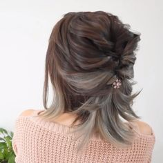Everything about this look is in point ! Short Hair Dos, Short Hair Styles Easy, Easy Hairstyles For Long Hair, Medium Hair Styles, Braided Hairstyles, Cool Hairstyles, Natural Hair Styles, Hairstyles Videos, Hairstyle Short