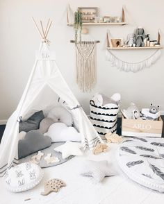 @liss.and.arlo New teepee love from @_cattywampus_ I love how it has a window that opens and shuts and a little pocket in the back for all our favourites to be kept we play for hours in this room, although it definitely doesn't look like this when we are done