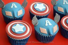 Cupcake inspirado no Capitão America.
