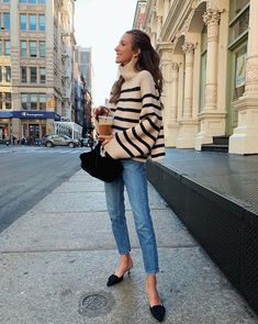 fall outfits with jeans Mode Outfits, Trendy Outfits, Fashion Outfits, Womens Fashion, Fashion Trends, Fall Winter Outfits, Autumn Winter Fashion, Winter Style, Look Formal
