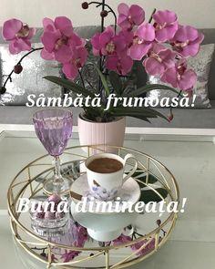 I Love Coffee, Coffee Time, Morning Coffee, Tea Time, Built In Cupboards Bedroom, Anthropologie Rug, Coffee Presentation, Cute Good Night, Good Morning Greetings