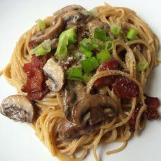 Bacon mushroom pasta with white wine sauce