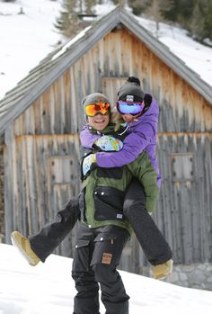 Blue Tomato ♥ Colour Wear – 2020 World Travel Populler Travel Country Snow Pictures, Cute Couple Pictures, Friend Pictures, Snowboarding Style, Ski And Snowboard, Cute Relationship Goals, Cute Relationships, Snowboarding Photography, Photography Poses