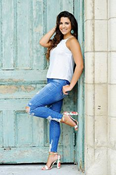 Featured Senior Portraits | Kansas Photographer what to wear for senior pictures high school