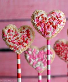Valentine's Day Heart Shaped Rice Krispies Treat Pops www.foodfamilyfinds.com