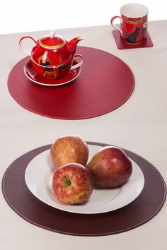 Red Round Placemats And Coffee Brown By Nikalaz For Table