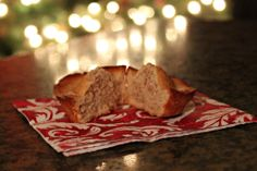 French Almond Financier Cakes - So delicious and moist; almost like an almond pound cake Christmas Desserts, Christmas Treats, Pastry Recipes, Dessert Recipes, Financier Cake, Almond Pound Cakes, Party Treats, Breakfast Ideas, Kids Meals