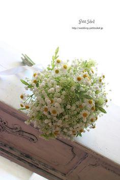 かすみ草 カモミール 野の花風ブーケ