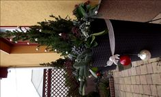 Christmas pot decoration- kültéri kaspó karácsonyi díszítés Christmas Wreaths, Holiday Decor, Home Decor, Decoration Home, Room Decor, Advent Wreaths, Interior Decorating