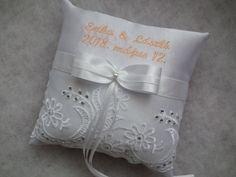 Hímzett gyűrűpárna strasszköves csipkével - ring pillow, wedding, white