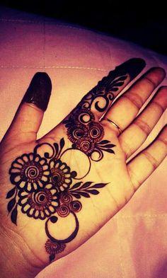 Simple Henna Art
