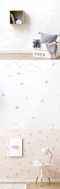Sky papel pintado | Soñando en las nubes…  Sky, un bonito papel pintado en tonos grises y blancos, que combina estrellas y nubes para conseguir un diseño bonito y sofisticado, ideal para las habitaciones de los más peques.  * Este diseño está realizado en material Non Woven. Las instrucciones para su correcta colocación se encuentran en el reverso la etiqueta que encontrarás en el interior de cada rollo de papel pintado. Baby Boy Nurseries, Turntable, Architecture Design, Nursery, Interior Design, Child Room, Painting Clouds, Grey And White, Children
