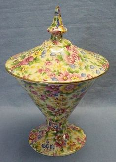 Royal Winton Cheadle.....I have loved this all-over pattern of tiny flowers since the 70's