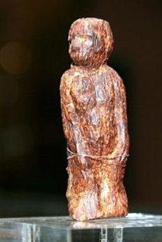The third Venus of Dolní Věstonice, made of mammoth ivory Venus, The Power Of Myth, Paleolithic Art, Ancient Goddesses, Celtic Goddess, Mother Goddess, Human Art, Divine Feminine, Ancient Art