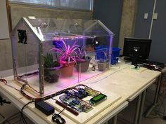 Arduino Projects For Engineering Enthusiasts to Try Arduino Projects: Greenhouse Electronics Projects, Diy Electronics, Arduino Based Projects, Robotics Projects, Projets Raspberry Pi, Raspberry Pi Projects, Aquaponics System, Home Automation, Cool Things To Make