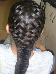 This is a basket weave braid. It's better to do when your hair is wet. And yes, it is real hair! Beautiful Braids, Gorgeous Hair, Love Hair, Great Hair, Awesome Hair, Pretty Hairstyles, Braided Hairstyles, Amazing Hairstyles, 1940s Hairstyles