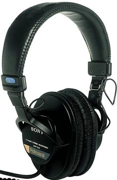 e5f4ac91d74 The pair of DJ headphones has the swinging cups which are great for