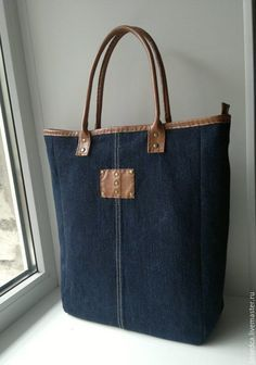 Denim Tote Bags, Denim Handbags, Leather Handbags, Denim Purse, Leather Wallets, Leather Bags, My Bags, Purses And Bags, Mochila Jeans