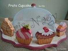 Prato de Bolo Cupcakes
