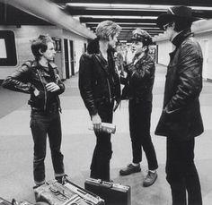 The Clash - Topper Headon, Paul Simonon, Joe Strummer and Mick Jones Joe Strummer, Rock N Roll Music, Rock And Roll, Toast Of London, Topper Headon, The Future Is Unwritten, Paul Simonon, Mick Jones, Le Choc