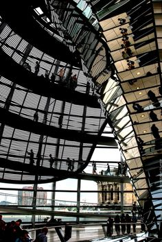 Norman Foster and Partners -  Pinned by www.modlar.com