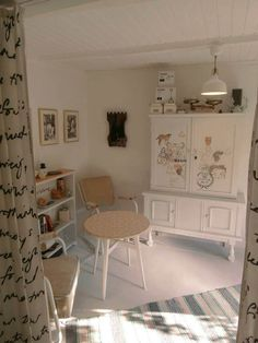 Lakbear has shared 1 photo with you! My Workspace, Bunk Beds, Light In The Dark, Bookcase, Shelves, Furniture, Home Decor, Photos, Vintage