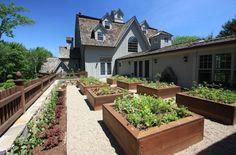 carrées potagers surélevés recouverts de bois pour le jardin moderne