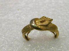 Vintage Gold Tone Faux Wrapped Textured Ring, Adj. size 6-7.  Belt Like Design #Unbranded #wrappedadjutable